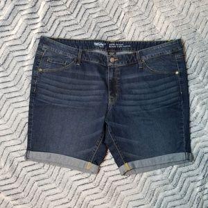 Mossimo Denim Shorts Size 18